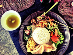 Eating local Indonesian food will be inexpensive for expats