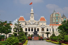 HCMC Town Hall - Moving to Ho Chi Minh City
