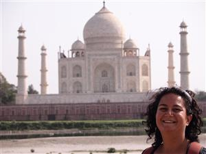 Rakhee - An Australian expat in India