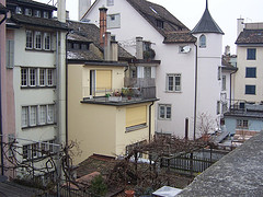 housing costs in Zurich are high