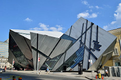 attractions in toronto